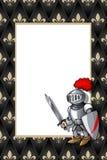 Feld mit dem Ritter mit Klinge und Schild auf dem mittelalterlichen Hintergrund