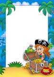 Feld mit Piratenmädchen und -schatz Lizenzfreies Stockfoto
