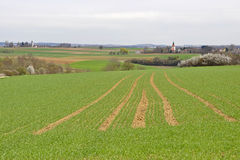 Feld und Dörfer im Bayern Lizenzfreie Stockfotos