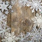 Feld von Weihnachtsschneeflocken Stockfotografie