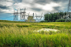 Felder und Kraftwerk Lizenzfreies Stockfoto