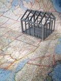 Feldhaus auf USA-Karte Lizenzfreie Stockfotografie