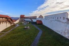 Feldioara堡垒 brasov中心城市老罗马尼亚 免版税库存图片