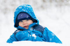 Felice nella neve Immagini Stock Libere da Diritti