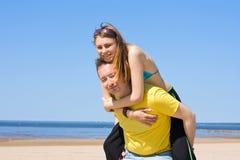 Felicidad en una playa Imagenes de archivo