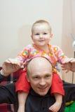Felicità del fatherhood Fotografie Stock Libere da Diritti