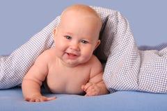 felicità generale del bambino sotto Fotografia Stock