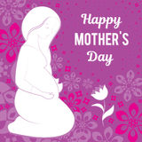 Felicitações em seu dia do ` s da mãe Vector a ilustração de uma mulher gravida que olha uma flor Em um fundo a Foto de Stock Royalty Free