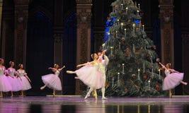 Felik dans för godis det andra för handling för fältgodis i andra hand kungariket - balettnötknäpparen Royaltyfria Bilder