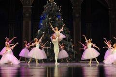 Felik dans för godis det andra för handling för fältgodis i andra hand kungariket - balettnötknäpparen Royaltyfria Foton
