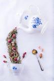 Felikt te från rosor arkivbild