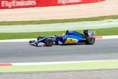 Felipe Nasr conduit la voiture d'équipe de Sauber F1 sur la voie pour le Formule 1 espagnol Grand prix chez Circuit de Catalunya Photos stock