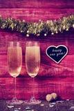 Feliz Año Nuevo de Champán, del confeti y del texto Imagenes de archivo