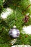 Feliz Año Nuevo de las decoraciones del árbol de navidad Foto de archivo libre de regalías
