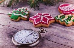 Feliz Año Nuevo de medianoche llamativa del reloj del reloj del vintage Imagen de archivo libre de regalías