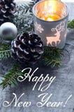 Feliz Año Nuevo Decoración de la Navidad en viejo fondo de madera Concepto de las vacaciones de invierno Imágenes de archivo libres de regalías