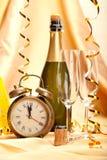Feliz Año Nuevo - decoración del champán y del partido Imágenes de archivo libres de regalías