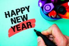 Feliz Año Nuevo del texto de la escritura de la palabra Concepto del negocio para feliz Navidad de la enhorabuena todo el mundo p Imágenes de archivo libres de regalías