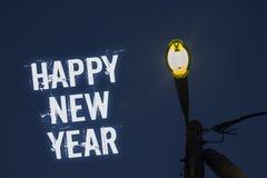 Feliz Año Nuevo del texto de la escritura de la palabra Concepto del negocio para feliz Navidad de la enhorabuena todo el mundo p Imagenes de archivo