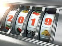 Feliz Año Nuevo 2019 en casino Máquina tragaperras con número del bote foto de archivo libre de regalías