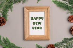 Feliz Año Nuevo La Navidad que adorna elementos Compo plano de la disposición Imagenes de archivo