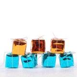Feliz Año Nuevo Siete cajas con los regalos Fotos de archivo libres de regalías
