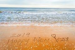 Feliz Año Nuevo 2019 y corazón Imágenes de archivo libres de regalías