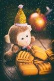 Feliz Año Nuevo y la Navidad postal el estilo retro entonó imagen Fotos de archivo libres de regalías