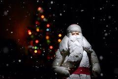 Feliz Año Nuevo y la Navidad postal el estilo retro entonó imagen Imágenes de archivo libres de regalías
