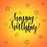 Feliz aniversario Caligrafia moderna no fundo criativo alaranjado Cartão do vetor Imagem de Stock Royalty Free