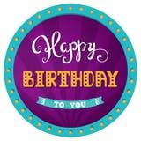 Feliz aniversario Cartão do feriado para a festa de anos do dia Rotulação da mão Fundo do circo em um quadro retro com luzes Foto de Stock Royalty Free
