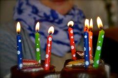 Feliz cumpleaños en colores Fotos de archivo