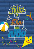 Feliz Dia del Nino Lettering - lycklig dag för barn` s i spanskt språk Arkivbilder