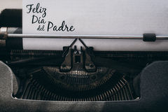 Feliz dia del padre written on paper Royalty Free Stock Photography