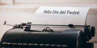Feliz die dia del padre op papier wordt geschreven stock foto