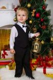 Feliz en la Navidad imagen de archivo libre de regalías