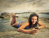 Feliz en la playa Fotografía de archivo