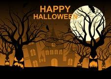 Feliz Halloween, noche, luna, árboles espeluznantes, castillo imágenes de archivo libres de regalías