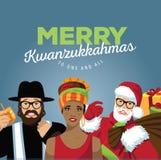 Feliz Kwanzukkahmas con el rabino, Papá Noel y la mujer africana Imágenes de archivo libres de regalías