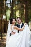 Feliz magnífico elegante romántico apacible por completo de los pares del amor Fotografía de archivo