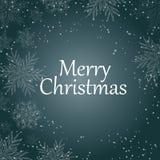 Feliz Natal Texto branco com os flocos de neve no fundo azul Tipografia dos feriados do Natal Vetor ilustração royalty free