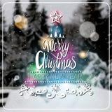 Feliz Navidad creativa y cartel 2018 del Año Nuevo durante el invierno borroso Forest Background Greeting Card Design Fotos de archivo libres de regalías