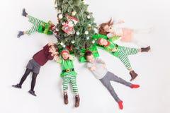 Feliz Navidad 2016 niños felices que celebran Fotografía de archivo libre de regalías