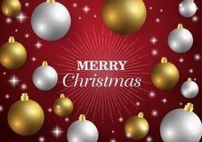 Feliz Navidad, tarjeta del Año Nuevo y decoración del brillo Fondo rojo con las bolas de la Navidad Imágenes de archivo libres de regalías