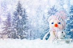 Feliz Navidad y Feliz Año Nuevo Un fondo del ` s del Año Nuevo con las decoraciones del Año Nuevo, Fotos de archivo libres de regalías