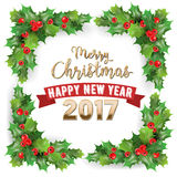 Feliz Navidad 2017 y tarjeta de Holly Berries Winter Holidays Greeting de la Feliz Año Nuevo Imágenes de archivo libres de regalías
