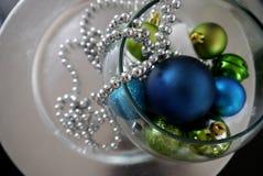 Feliz Navidad y una decoración de las tarjetas de la Feliz Año Nuevo Imágenes de archivo libres de regalías