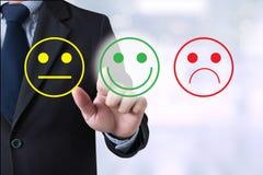 Feliz seleto do homem de negócio na avaliação da satisfação? Fotografia de Stock
