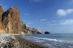 Felsen über dem Meer Stockfoto