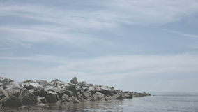 Felsen-Anlegestelle stock video